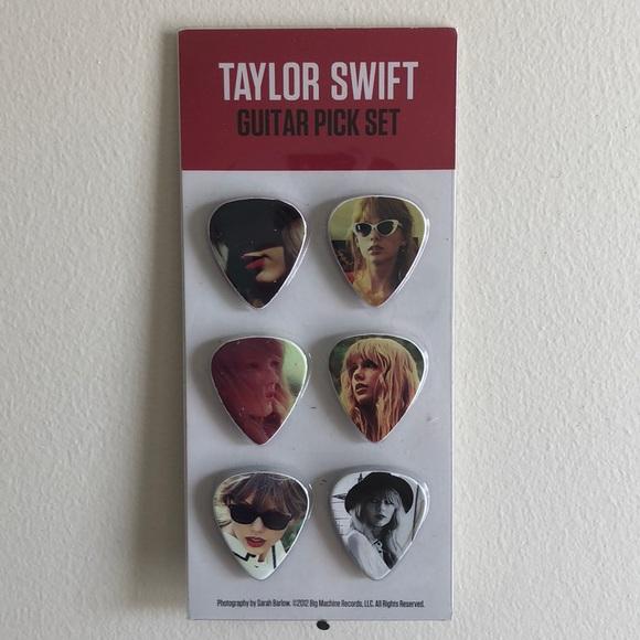 Taylor Swift Accessories Taylor Swift Red Guitar Picks Poshmark